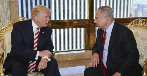 ترامب يجتمع مع كبار مستشاريه لمناقشة تفاصيل خطة السلام