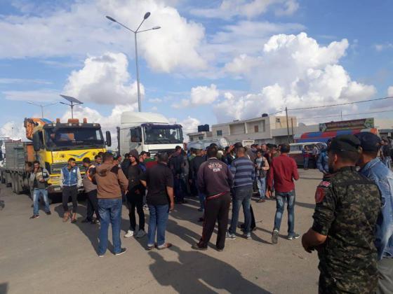 جمعية النقل الخاص تقرر تعليق الوقفة الاحتجاجية حتى غدًا الخميس