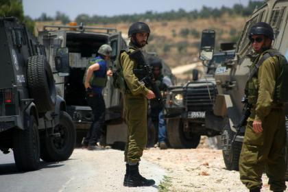 قوات الاحتلال تعتقل 47 مواطنا من الضفة الغربية
