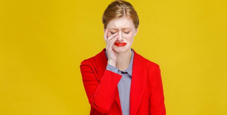 أرقام صادمة لعدد مرات بُكاء المرأة شهريًا وسنويًا!