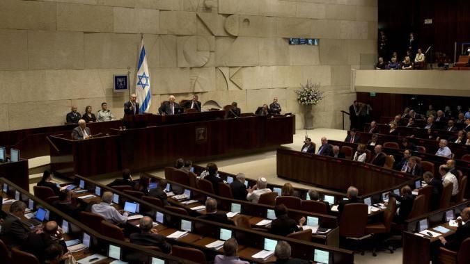 """إسرائيل.. أحزاب الائتلاف الحكومي تقرر حل """"الكنيست"""" والتوجه لانتخابات مبكرة"""