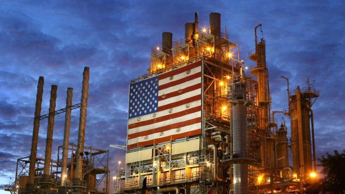 """""""معلومات الطاقة"""" ترفع توقعاتها للطلب العالمي على النفط في 2019"""