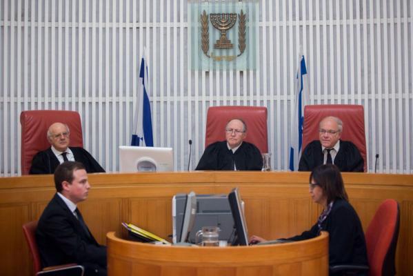 محكمة سالم العسكرية تقرر منع إدخال الأطفال لحضور محاكمات ذويهم