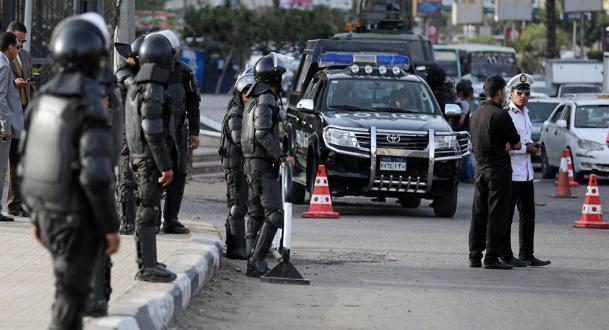 مصر ترحل 4 مواطنين روس خارج البلاد وتتحفظ على ذكر السبب