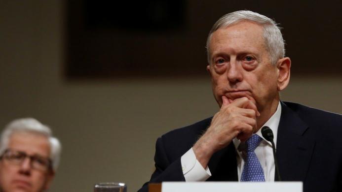"""فرنسا تعلق على الإطاحة بوزير الدفاع الأمريكي بـ """"جندي عظيم"""""""