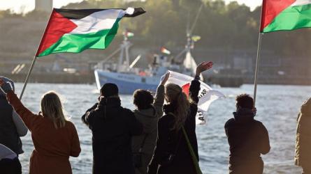 غزة.. إصابات خلال قمع الاحتلال للمسير البحري الـ(20)