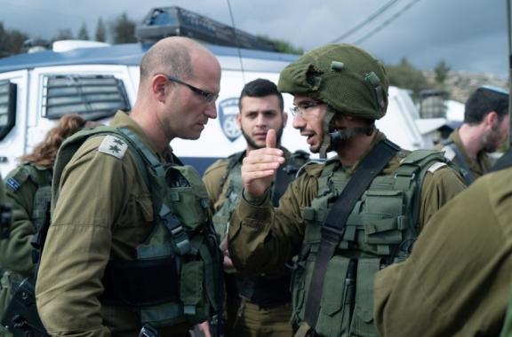 قائد لواء رام الله يجري تقييما للأوضاع في مسرح العملية