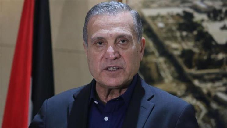 أبو ردينة: اتفقنا مع الاحتلال على عدم المساس بمقر الرئاسة الفلسطينية