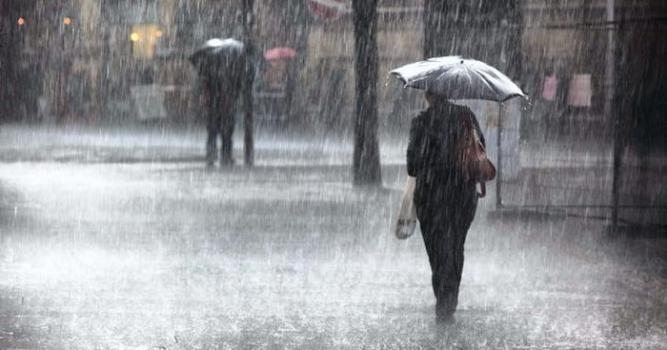 الراصد الجوي: منخفض ماطر وعاصف يبدأ الخميس