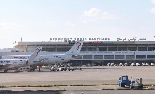لأول مرة منذ سنوات.. طائرة سورية تحط بتونس