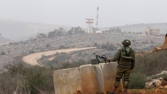 الاحتلال يطلق منطادا مجهزا بكاميرات لمراقبة جنوب لبنان