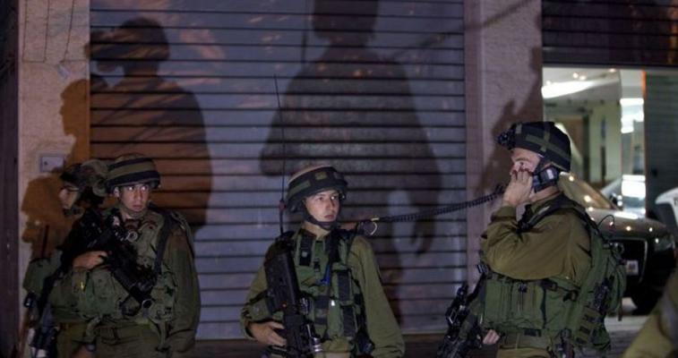 300 حالة اعتقال خلال الشهر الجاري