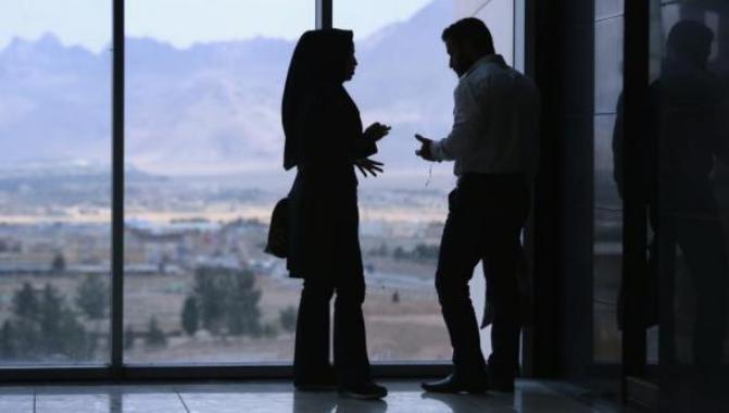 الزواج الأبيض.. أخطر ظاهرة تهدد الأسرة الإيرانية