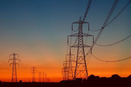 تنويه هام من كهرباء غزة للمواطنين حول عدد ساعات الوصل