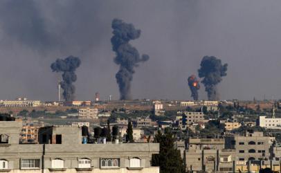 غارات إسرائيلية تستهدف مواقع للمقاومة شمال قطاع غزة