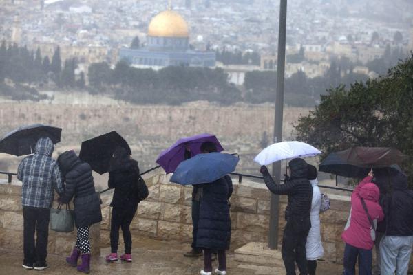 فلسطين وبلاد الشام يتأثرون بمنخفض جوي يوم غدٍ