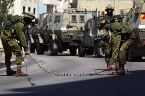 الاحتلال يقتحم جنين وينصب حواجز عسكرية