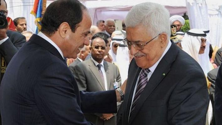 نائب مصري: الرئيس عباس أكد للسيسي أنه سيرفع نسب رواتب موظفي السلطة بغزة