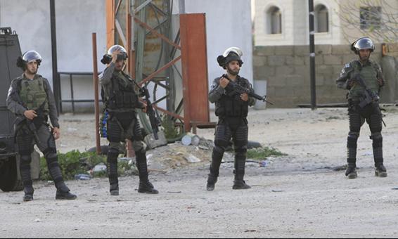 بالاسماء.. 15 معتقلا في الضفة الغربية