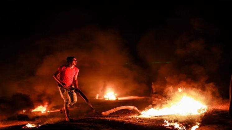 """إصابات على حدود غزة مع عودة """"الإرباك الليلي"""""""