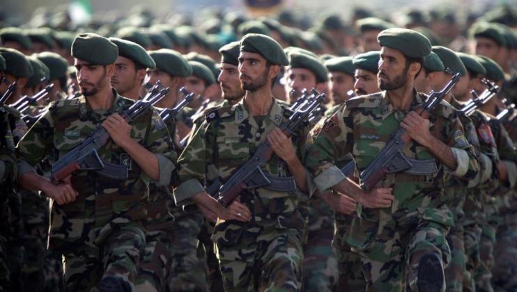 """إيران تعتقل ثلاثة """"إرهابيين"""" على خلفية الهجوم الانتحاري ضد الحرس الثوري"""