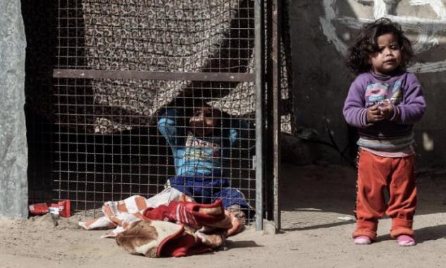 المركز الفلسطيني: رفع حصار غزة المدخل الحقيقي لمنع الكارثة الإنسانية
