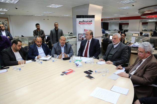 إسماعيل هنية يعلن استعداده للقاء أبومازن ويدعوه للقدوم إلى غزة