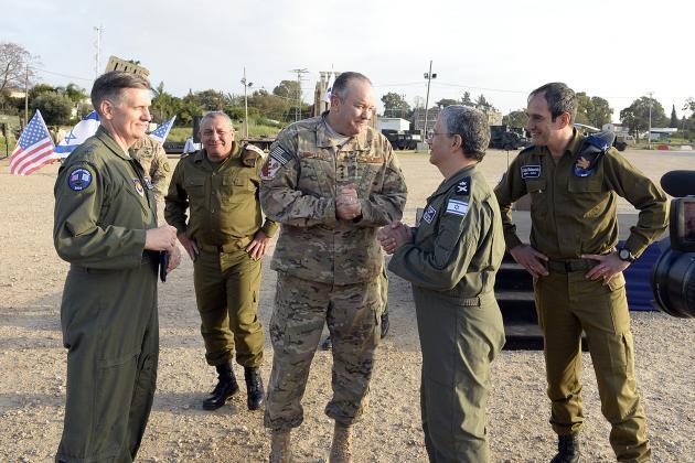 قوات الاحتلال تجري تدريبات مشتركة مع الجيش الأمريكي
