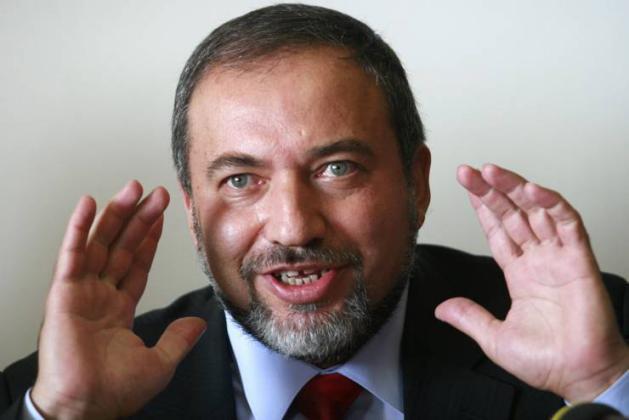 ليبرمان: الحكومة الإسرائيلية خائفة ومرتبكة