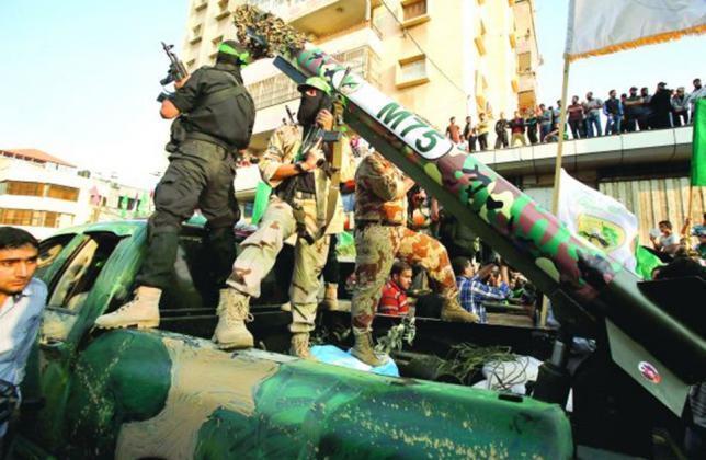 أسوشيتد برس: القسام طوّر رغم الحصار ترسانة ضخمة من الصواريخ