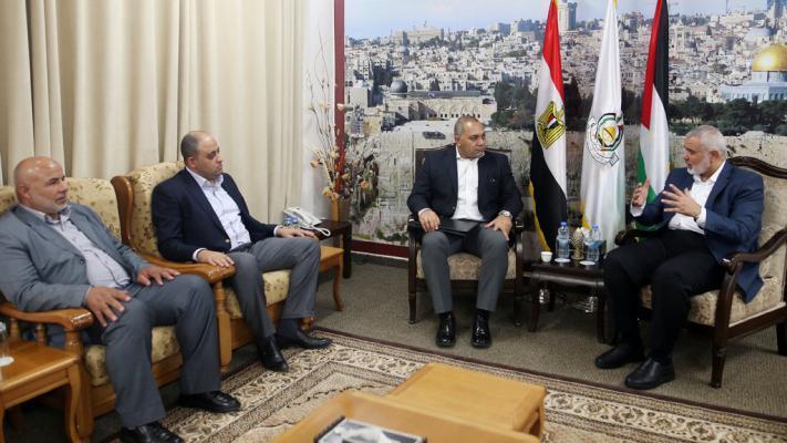 الشرق الأوسط: حماس وافقت على اتفاق فوري وأبلغت الوسيط المصري بالتالي..