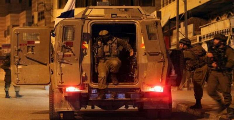 حملة اعتقالات ومداهمات واسعة بالضفة الغربية