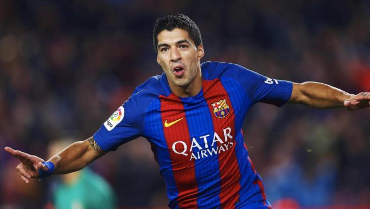 سواريز يوضح حقيقة عودته إلى برشلونة