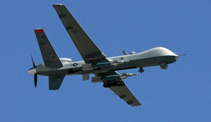 طائرات الاحتلال تستهدف موقعاً للمقاومة ومجموعة مواطنين شرق غزة
