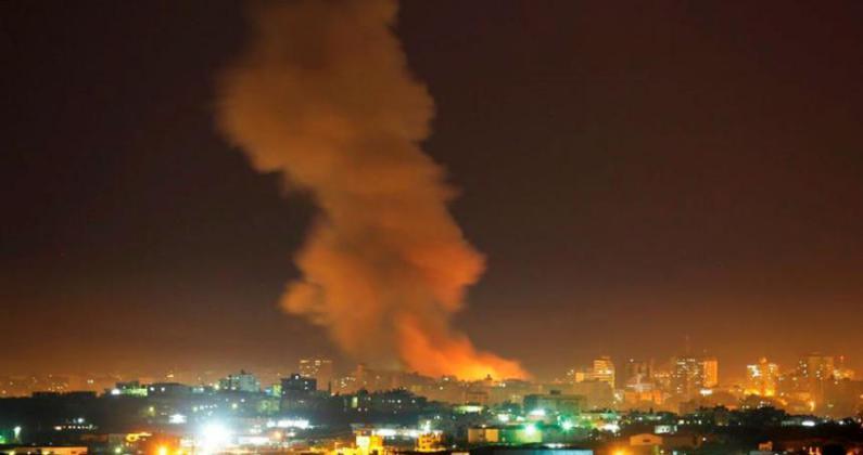 قصف إسرائيلي على غزة الآن