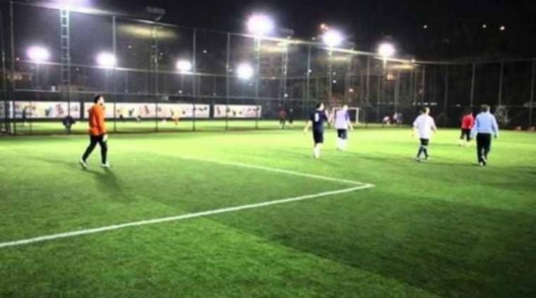 """اعتقال 14 معلما بسبب مباراة كرة """"ترفيهية"""" في تركيا"""