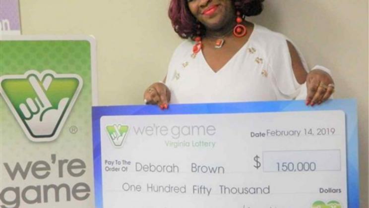 فازت باليانصيب 30 مرة في يوم واحد!