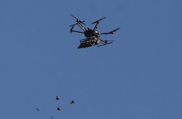 الاعلام العبري: طائرة صغيرة من غزة تسقط عبوة ناسفة في أشكول