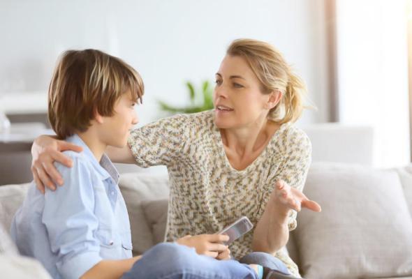 5 طرق للتعامل مع طفلك الذي يكذب