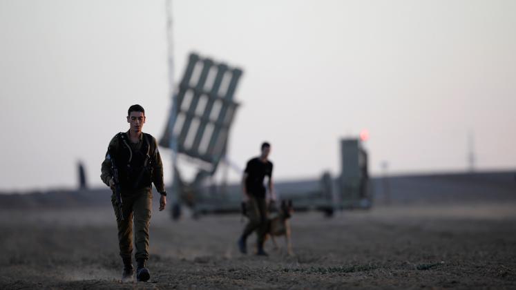 جيش الاحتلال ينشر القبة الحديدية في غلاف غزة