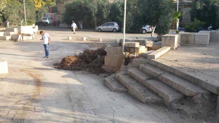 """القدس.. حفريات تلحق أضرارا بمبنى إسلامي من """"القرن السابع"""""""