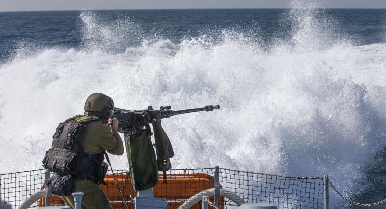 إصابة صيادين برصاص زوارق الاحتلال في بحر غزة
