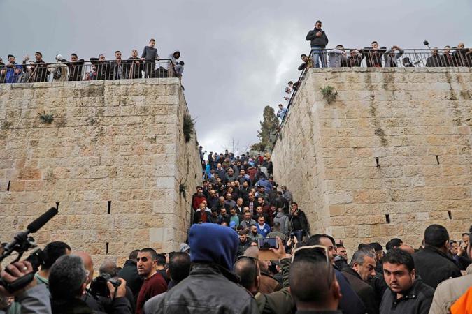 """محكمة الاحتلال تصدر قراراً بإغلاق مصلى """"باب الرحمة"""""""