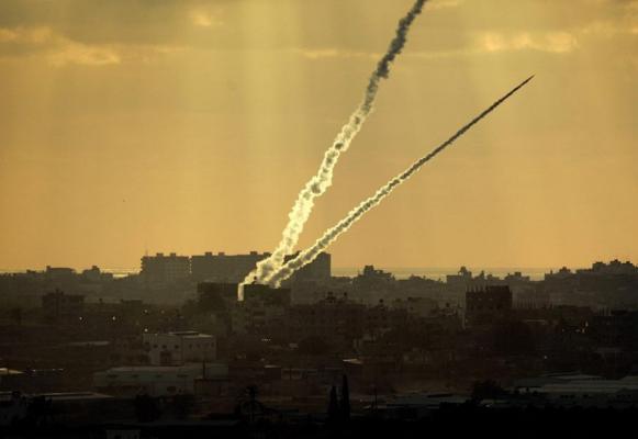 الإعلام العبري: إطلاق صاروخ من غزة على أشكول