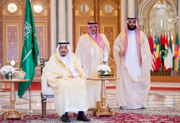 صحيفة بريطانية: خلافات ما بين الملك سلمان وولي عهده