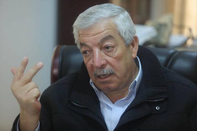 العالول: تدخلات إقليمية على شكل أموال تنقل إلى قطاع غزة لهذا الهدف