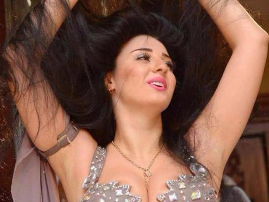 صافيناز تعتزل الرقص وتعلن إسلامها.. هذا ما طلبته من متابعيها