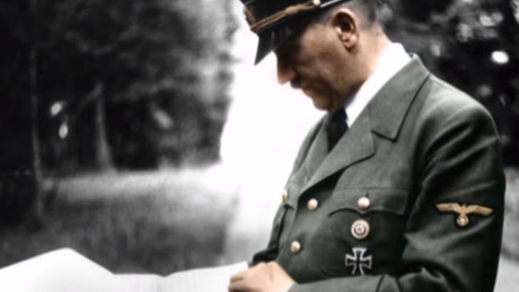 """""""رسالة انتحار"""" هتلر في مزاد علني.. ماذا قال فيها ؟"""