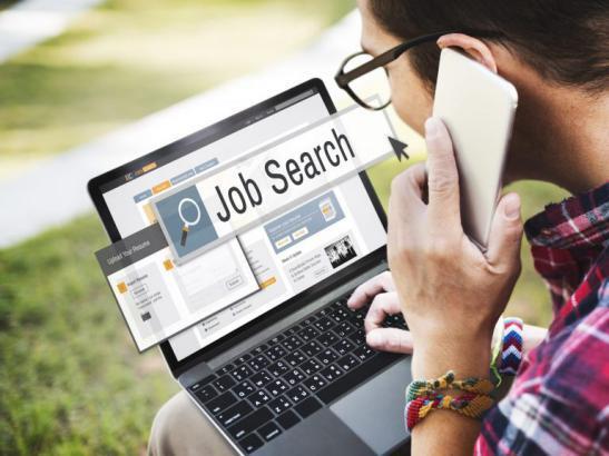 تبحث عن فرصة عمل؟ هذه المواقع تساعدك