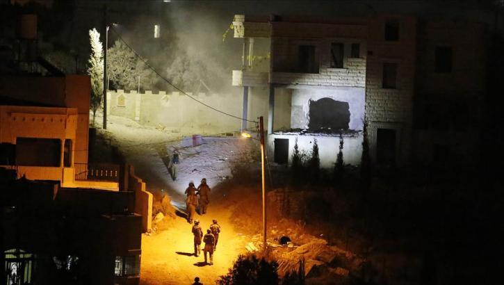 سلفيت.. جيش الاحتلال يفجر منزل عائلة الشهيد عمر أبو ليلى